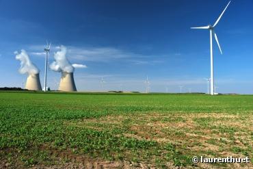 Energie : la fusion nucléaire, une alternative moins dangereuse et plus propre ?