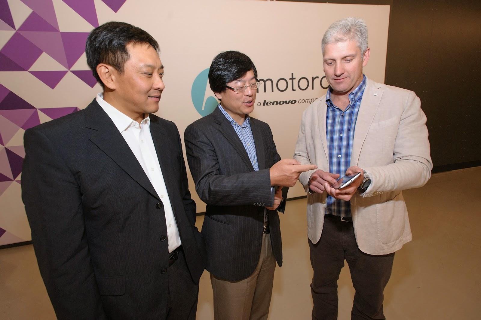 MONDE / ÉCONOMIE > Lenovo® rachète Motorola au géant internet Google