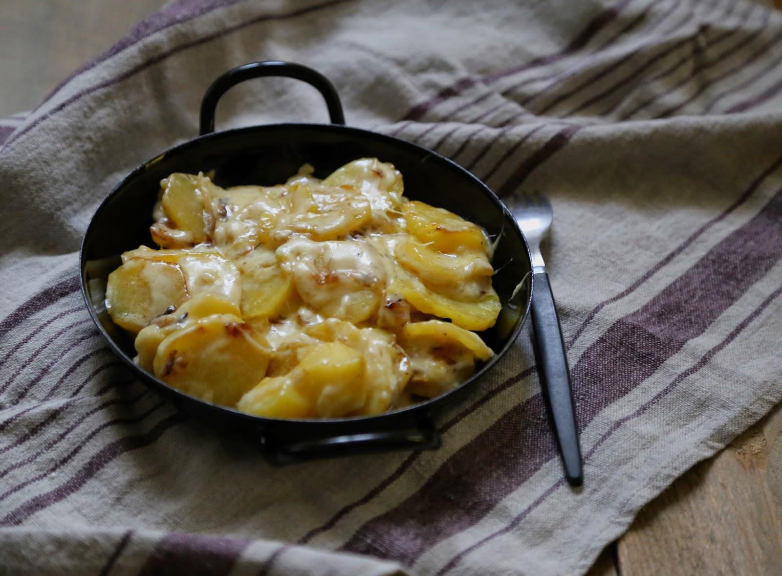 La truffade une recette r confortante pour le yummyday doudou d couvrir - Cuisiner une dorade a la poele ...