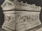 sculptures antiques dans musées: N°7: sarcophage d'Alexandre (Musée archéologique d'Istanbul)