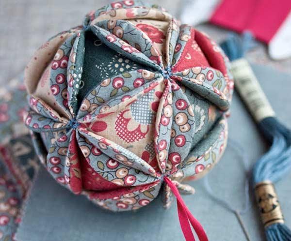 10 nouveaux ornements de no l coudre paperblog - Boule de noel en anglais ...
