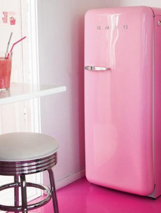 cuisine cuisine equipee rose fushia 1000 id es sur la d coration et cadeaux de maison et de. Black Bedroom Furniture Sets. Home Design Ideas