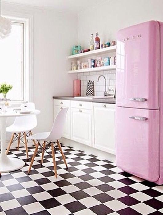 25 id es de cuisine rose lire. Black Bedroom Furniture Sets. Home Design Ideas