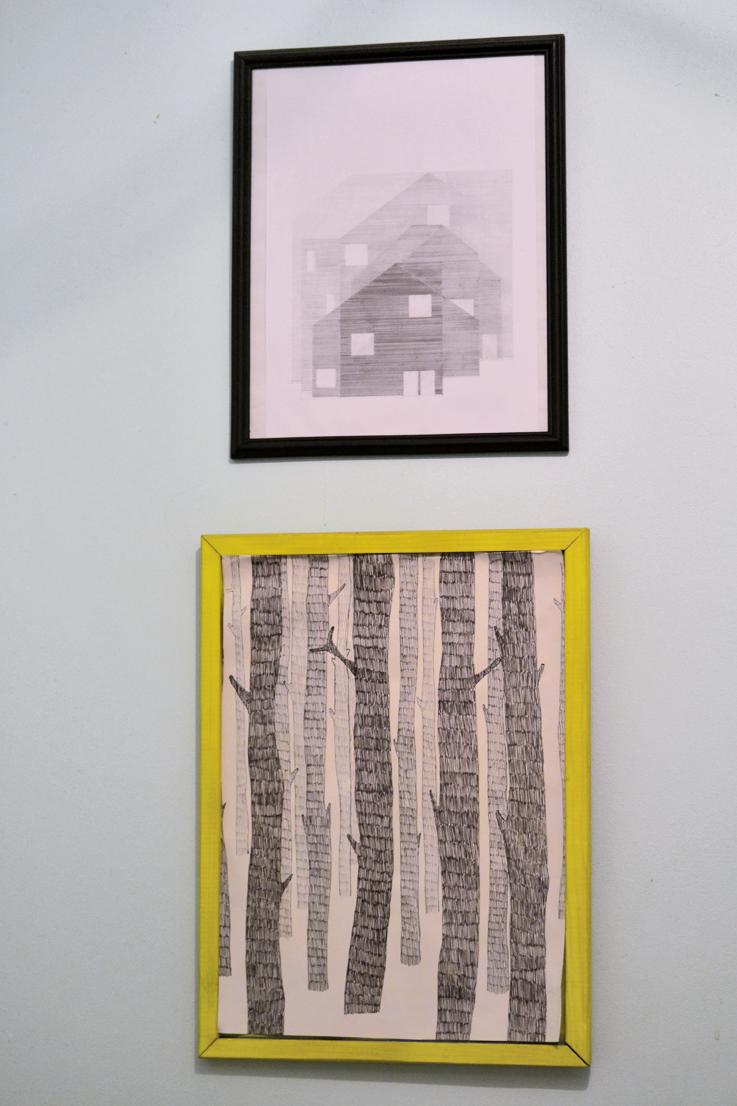 la salle de bain grise et jaune voir. Black Bedroom Furniture Sets. Home Design Ideas