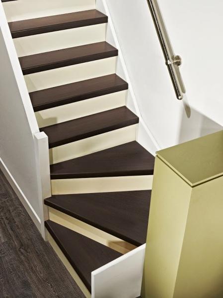 C est malin un kit de r novation d escalier paperblog Kit de renovation escalier