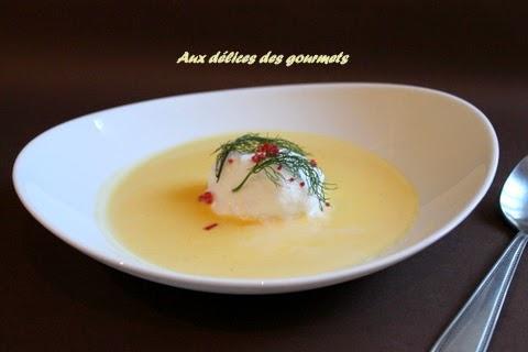 Oeufs a la neige aux œufs de saumon, crème anglaise au parmesan ...