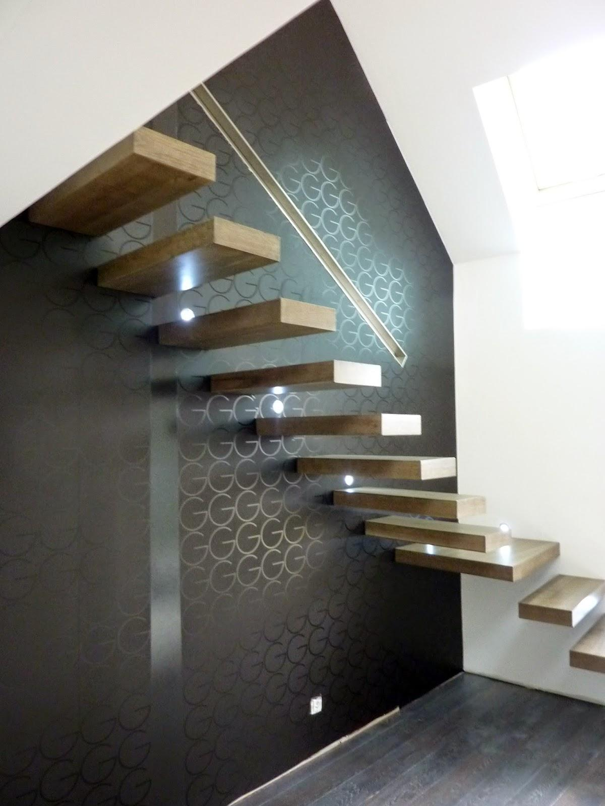 escalier suspendu flottant l 39 art du modernisme d couvrir. Black Bedroom Furniture Sets. Home Design Ideas