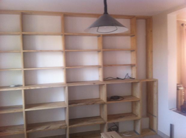The bureau d couvrir - Faire une etagere avec des planches ...