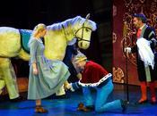 Cendrillon revisité pour meilleur: Joseph Köpplinger réussit Cinderella féerique joyeuse