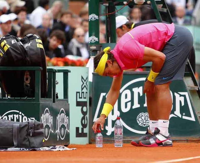 Lorsque les tics s invitent sur les terrains de tennis paperblog - Combien coute un terrain de tennis ...