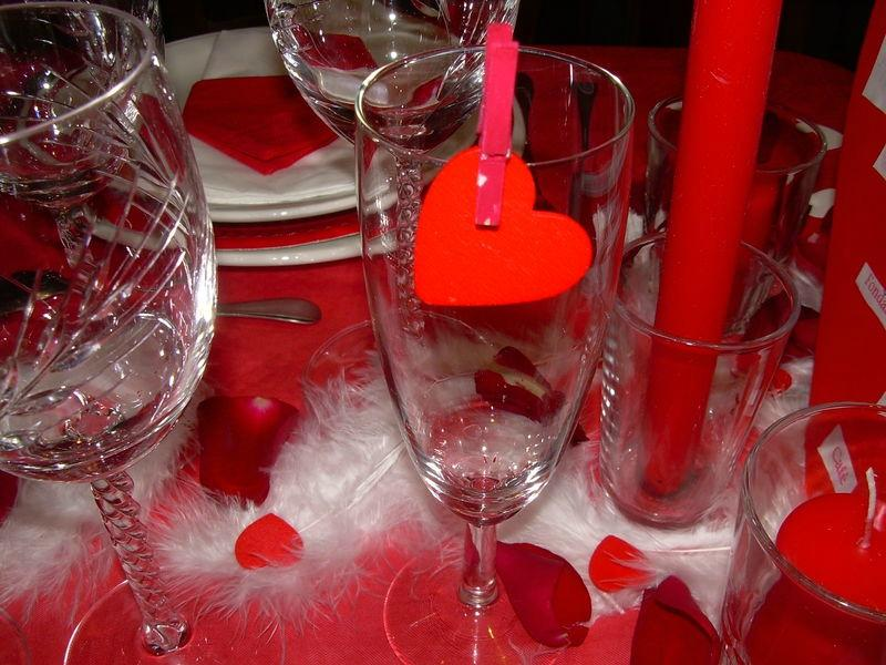 Deco de table st valentin id es de for Deco table st valentin