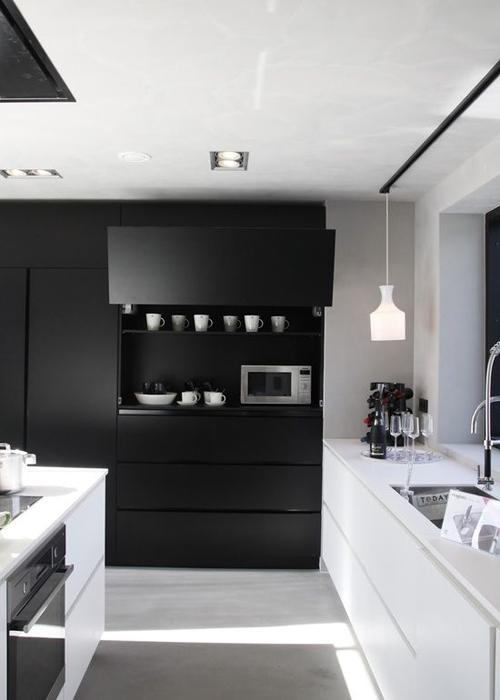 20 id es de cuisine noir et blanc d couvrir. Black Bedroom Furniture Sets. Home Design Ideas