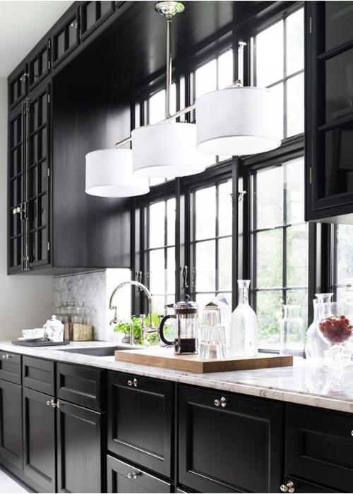 20 id es de cuisine noir et blanc d couvrir for Cuisine retro noir