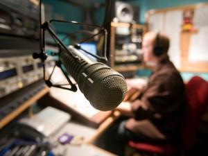 Interviews à venir sur Bernay-radio.fr…