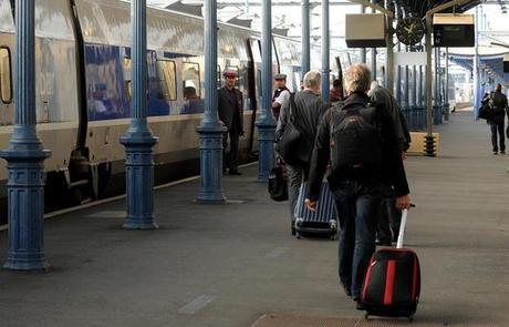 Sept dessertes TGV quotidiennes en gare de Niort, dans chaque sens: le nouveau plan en lien avec la LGV maintient ce chiffre pour Niort. - Sept dessertes TGV quotidiennes en gare de Niort, dans chaque sens: le nouveau plan en lien avec la LGV maintient ce chiffre pour Niort. - (Photo archives NR)