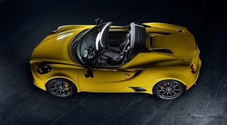 Le prix de l'Alfa Romeo 4C Spider est de ....