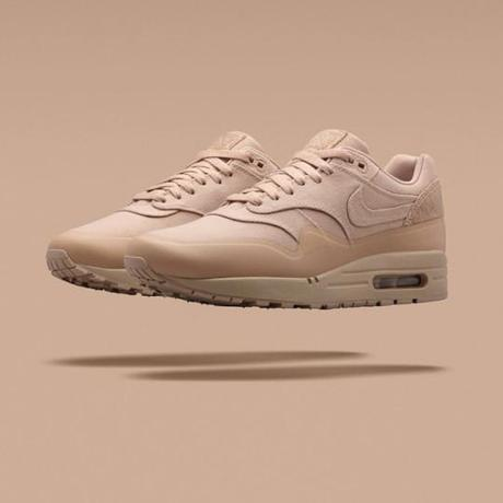 Nike-Air-Max-1Patch-beige-Unionstreet