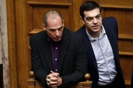 Gouvernement grec, Tsipras et Varoufakis : la capitulation ?