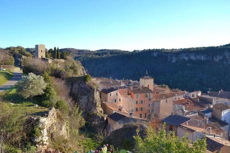 Le village de Châteaudouble
