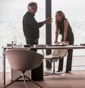 Lea-Seydoux-Sam-Mendes-Spectre-tournage-290x300