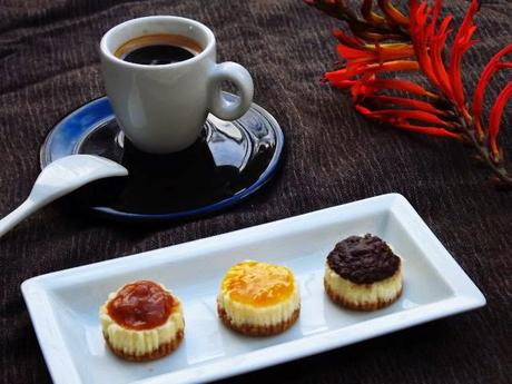 Mini cheesecake au caramel,oranges amères et ganache chocolat noisettes