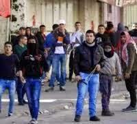 Palestiniens et soldats israéliens s'affrontent à Hébron