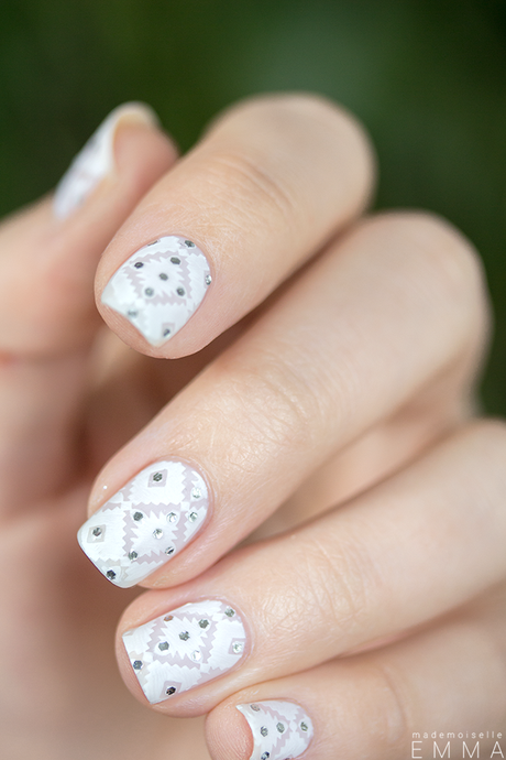 Nailstorming_White_Stamping_03