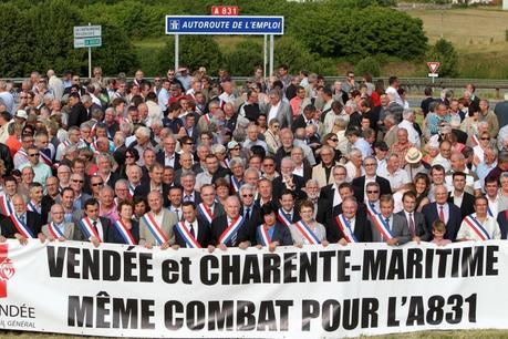 Autoroute A831 entre Charente-Maritime et Vendée : Valls relance le projet