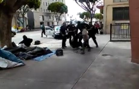 des-policiers-abattent-froidement-un-sdf-a-los-angeles