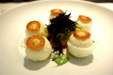 Oeuf en blanc manger © P.Faus  380x253