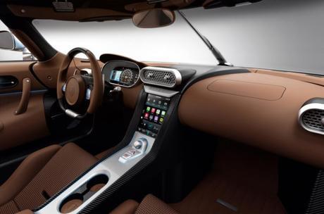 L'hyper-sportive hybride Koenigsegg Regera intègre CarPlay