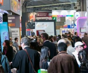 Les services la personne au salon franchise expo du 22 for Salon porte de versailles 30 mai 2015