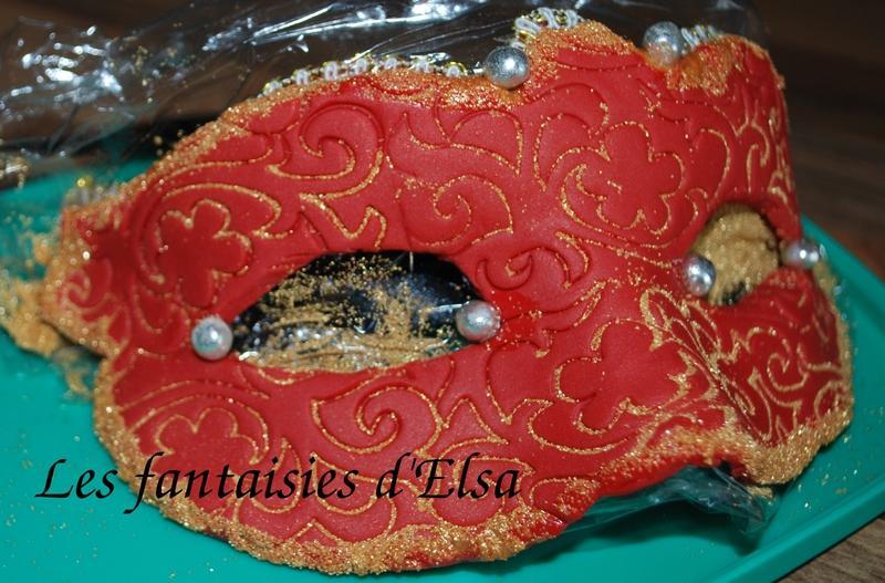 Tutoriel: masque de carnaval en pâte à sucre