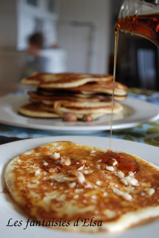 Pancakes au sirop d'érable et aux éclats de noix