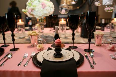 2 id es de d coration de mariage rose et noire lire for Deco de table noir et rose