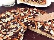 Focaccias purée banane chocolat râpé amande parsemées