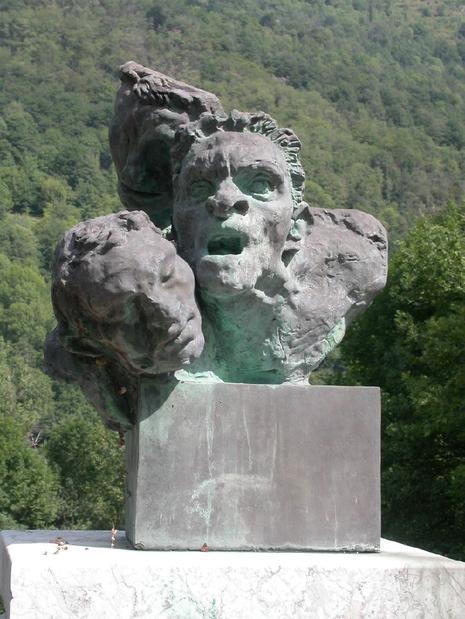 Denis monfleur fondation coubertin st r my les chevreuse - Piscine pierre de coubertin saint denis ...