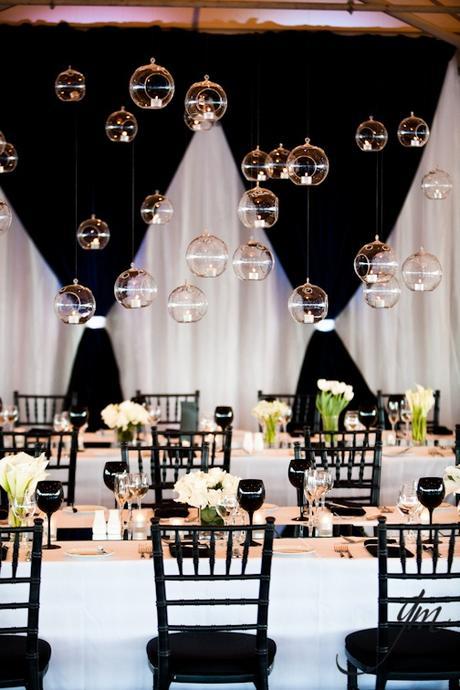 D coration de salle de mariage en noir et blanc paperblog for Decoration de salle noir et blanc