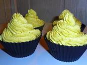 Cupcakes fourrés nutella garnis crème mousseline pistache
