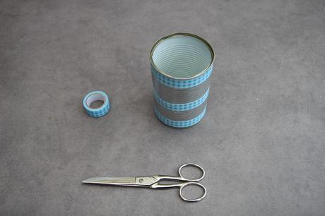 d co r cup pot crayons avec une boite de conserve paperblog. Black Bedroom Furniture Sets. Home Design Ideas