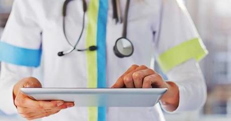 [Doctors 2.0] Quelle relation médecin-patient 2.0 sur les réseaux sociaux ? | L'Atelier : Accelerating Business