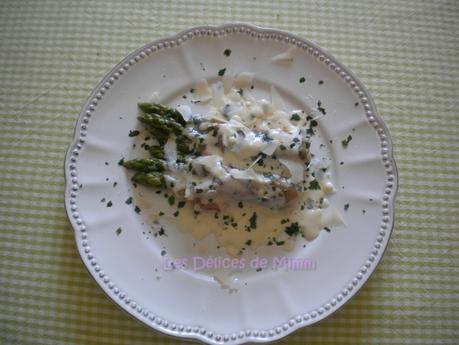 Asperges vertes à la crème de parmesan et au jambon de Parme