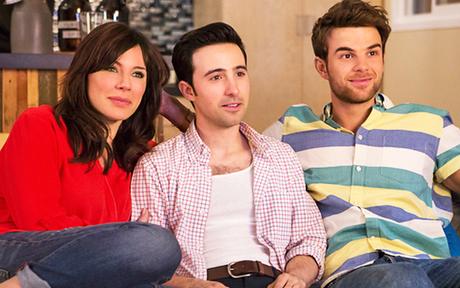 Significant Mother : Premier aperçu de la série estivale CW avec Nathaniel Buzolic !