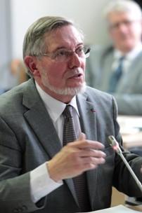 LGV : le médiateur Jean Auroux propose 22 allers-retours par jour entre Bordeaux et Paris