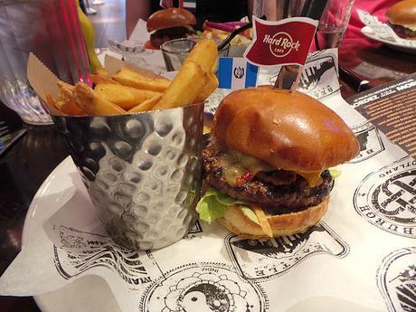 Le World Burger Tour du Hard Rock Café Paris