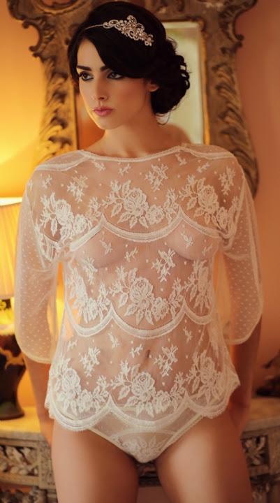 lingerie de mariage en dentelle blanche transparente , top en dentelle , Vanessa lekpa Blog
