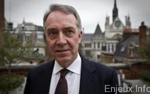 Royaume-Uni : un élargissement, sous étroit contrôle, des moyens de surveillance