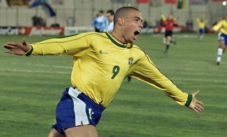 Un joueur brésilien a joué la Copa America en couches-culottes