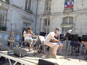 «Danserie» à Bernay le 6 juin impression en forme d'interview sur Bernay-radio.fr…