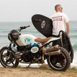 Pour vous rendre avec style en deux roues à votre spot de surf préféré